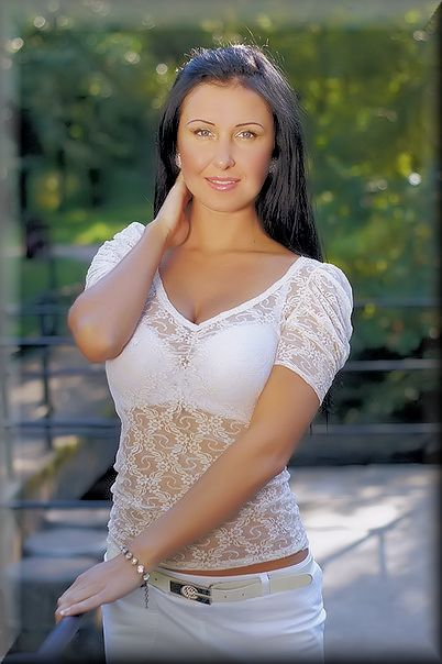 HOT RUSSIAN BRIDES - Over 20,000 single Women seeking